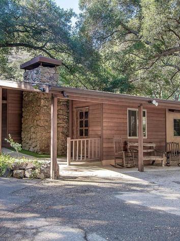 larger cabin.jpg