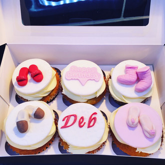 Slipper lover cupcakes