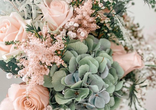 Bridal Bouquet August