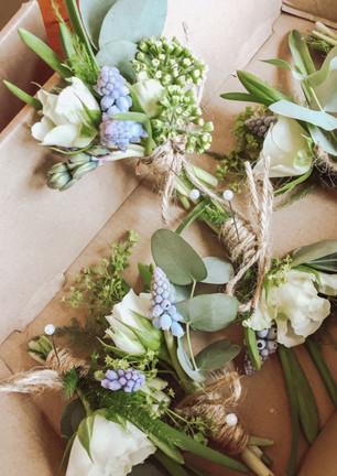 Wild buttonholes