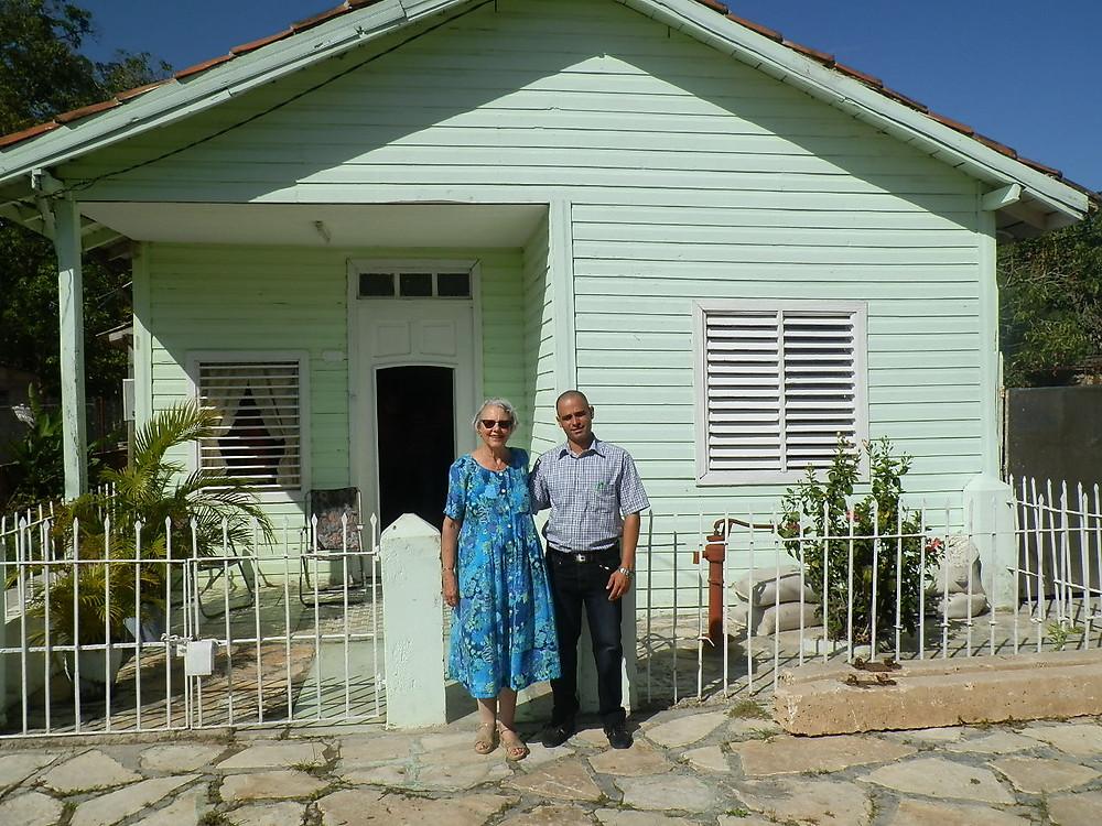 Claudia Dorrington and Archdeacon Alexei Gonzalez Rodriguez at a worship center in Camaguey, Cuba.