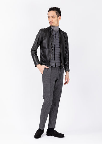 TCR2030220-98 Wool & cotton houndstooth jersey in-pleated tapered fit