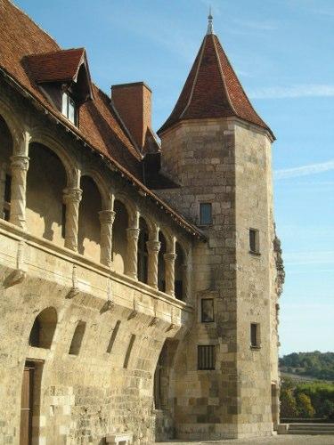 Chateau-HENRI-IV