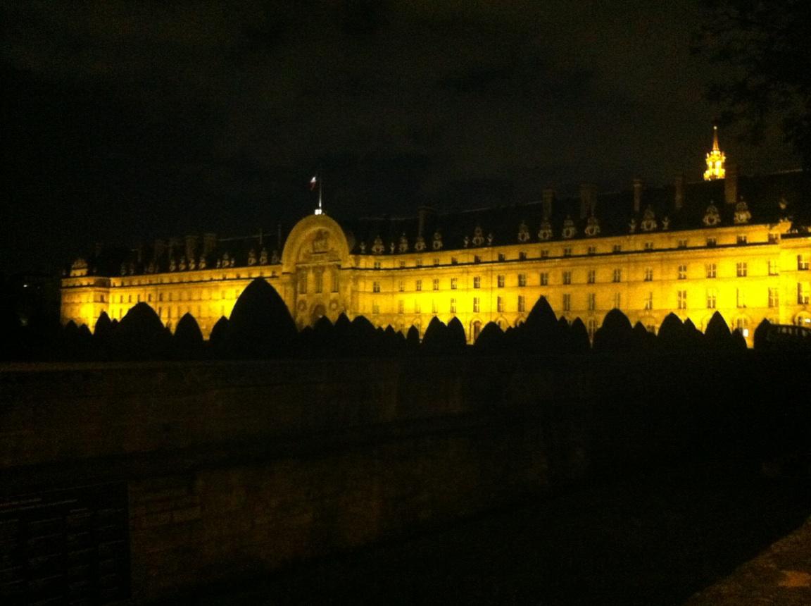 Vue nuit Batiment Paris - 2