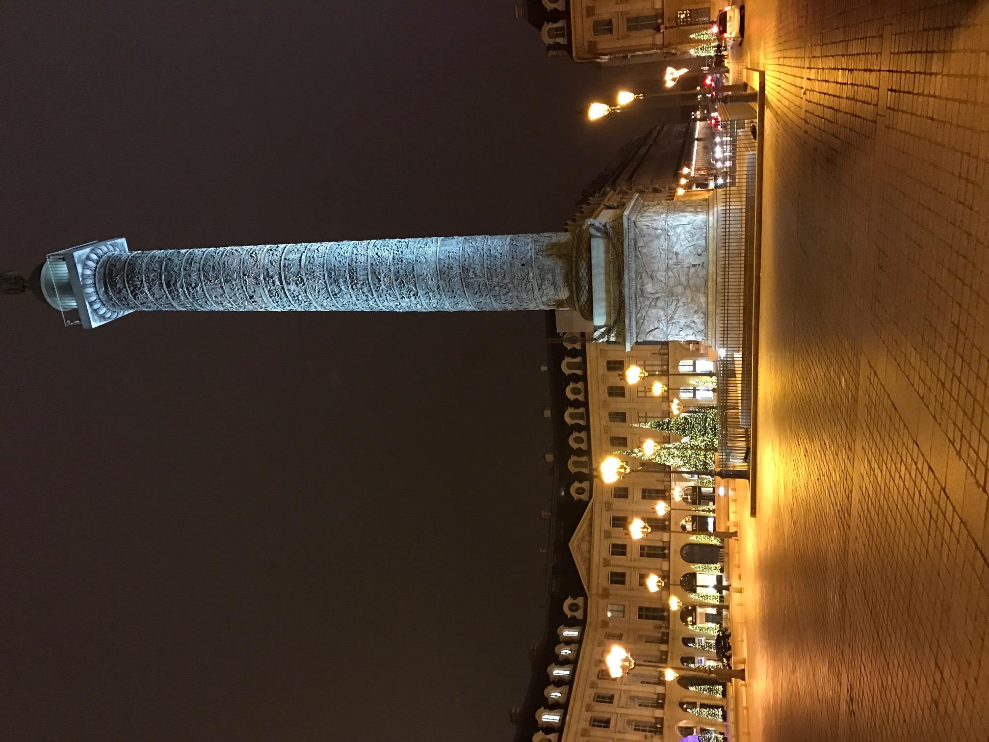 Place_Vendôme_nuit_-_1