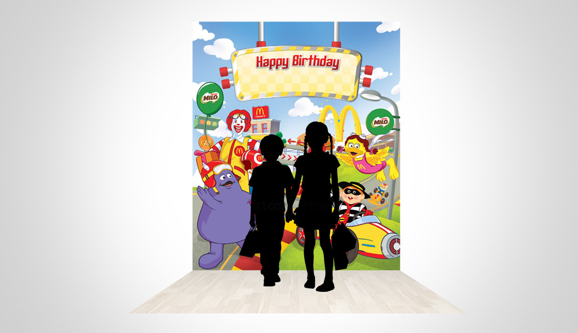 McDonald's Mobil Balap Birthday Party Backgrop 3D Implementation