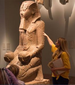Hatshepsut gallery at The Met.