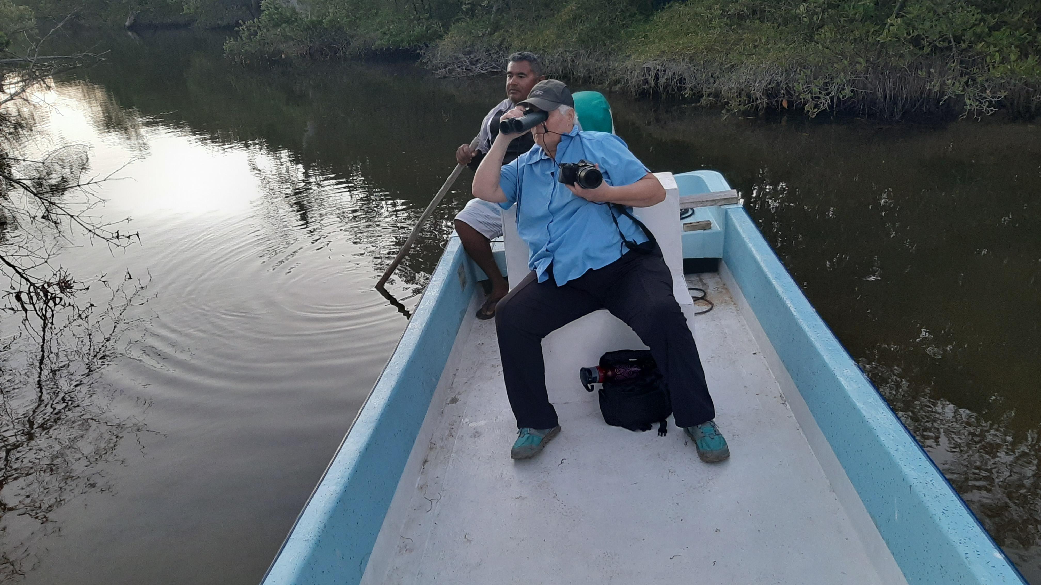Boat tour Rio Lagartos © Joel Ortega