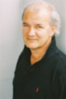 Rolf Sarkis by Janine Guldener