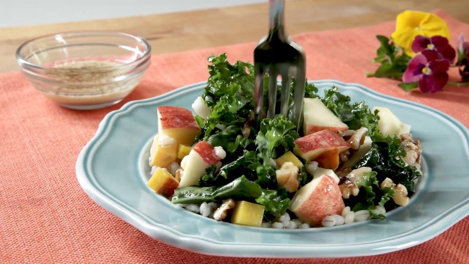 "MARTA + Open Hand ""Fresh Vegetable Salad"""