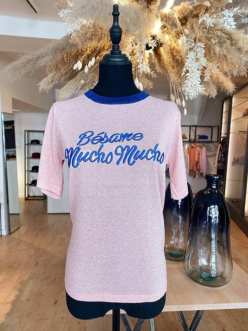 Besame Mucho T-Shirt