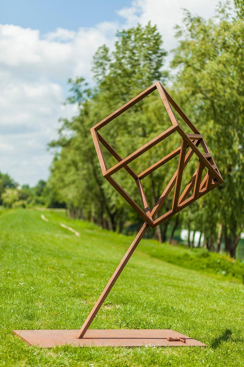 sculpture-monumentale-acier-corten-pierreferva