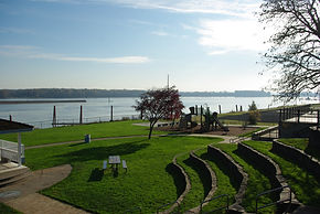 Park in St. Helens overlooking the Columbia River