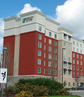 Embassy Suites hotel in Tanasbourne