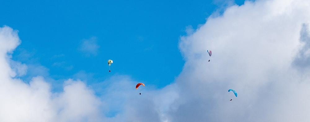 Paragliding in Lanzarote, Photographer Tom Maddox