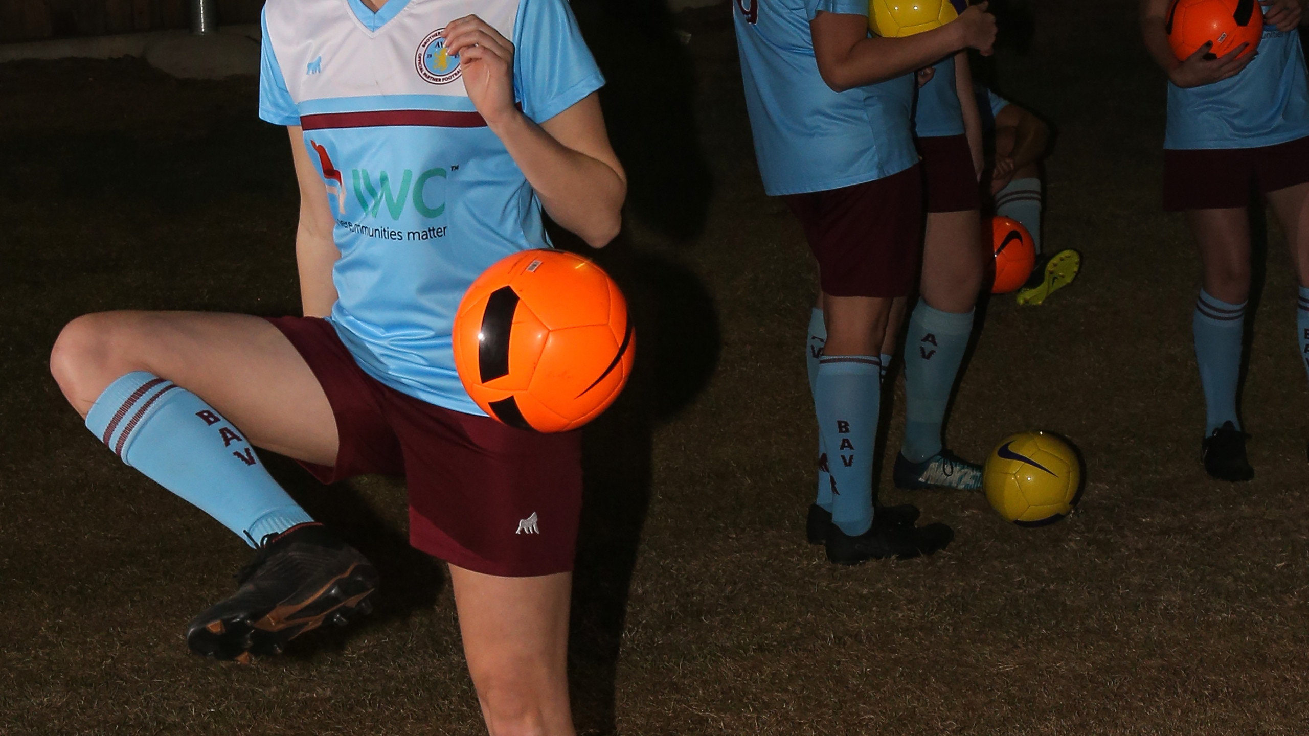 IWC sponsors women's football team
