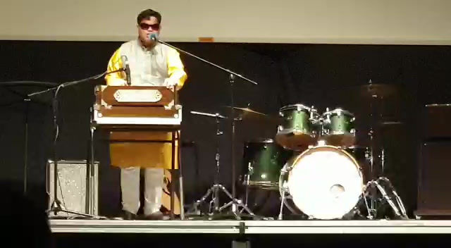 """Visually-challenged """"Bilwa"""" performs at UWCSEA, Singapore in their annual fund raiser event"""
