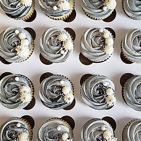 As promised, here are the cupcakes that