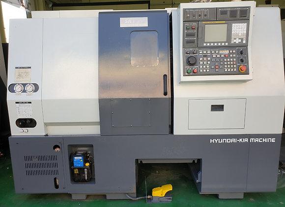 현대위아 2011년식 8인치 CNC선반 SKT21
