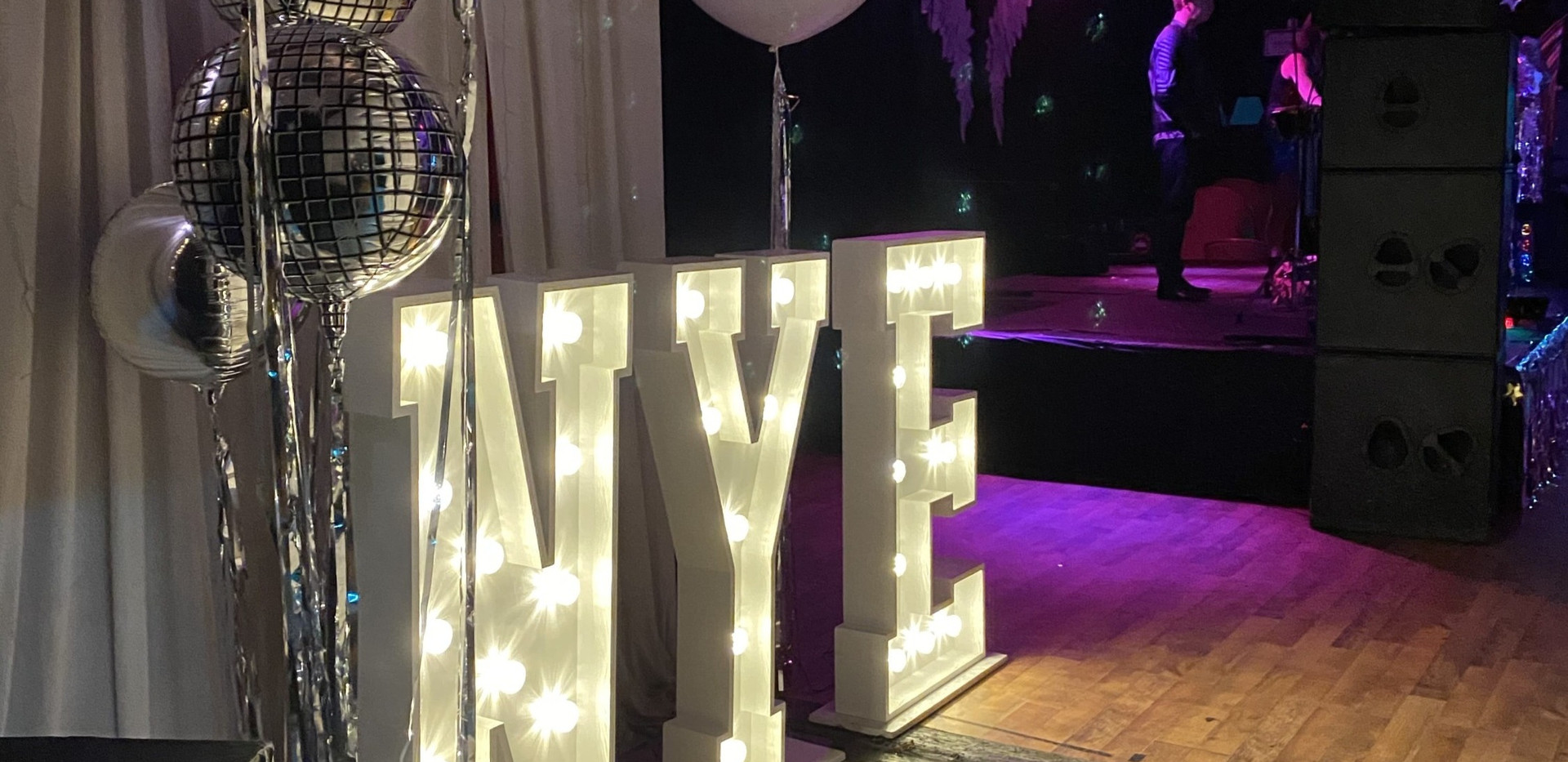 LED nye light up letters
