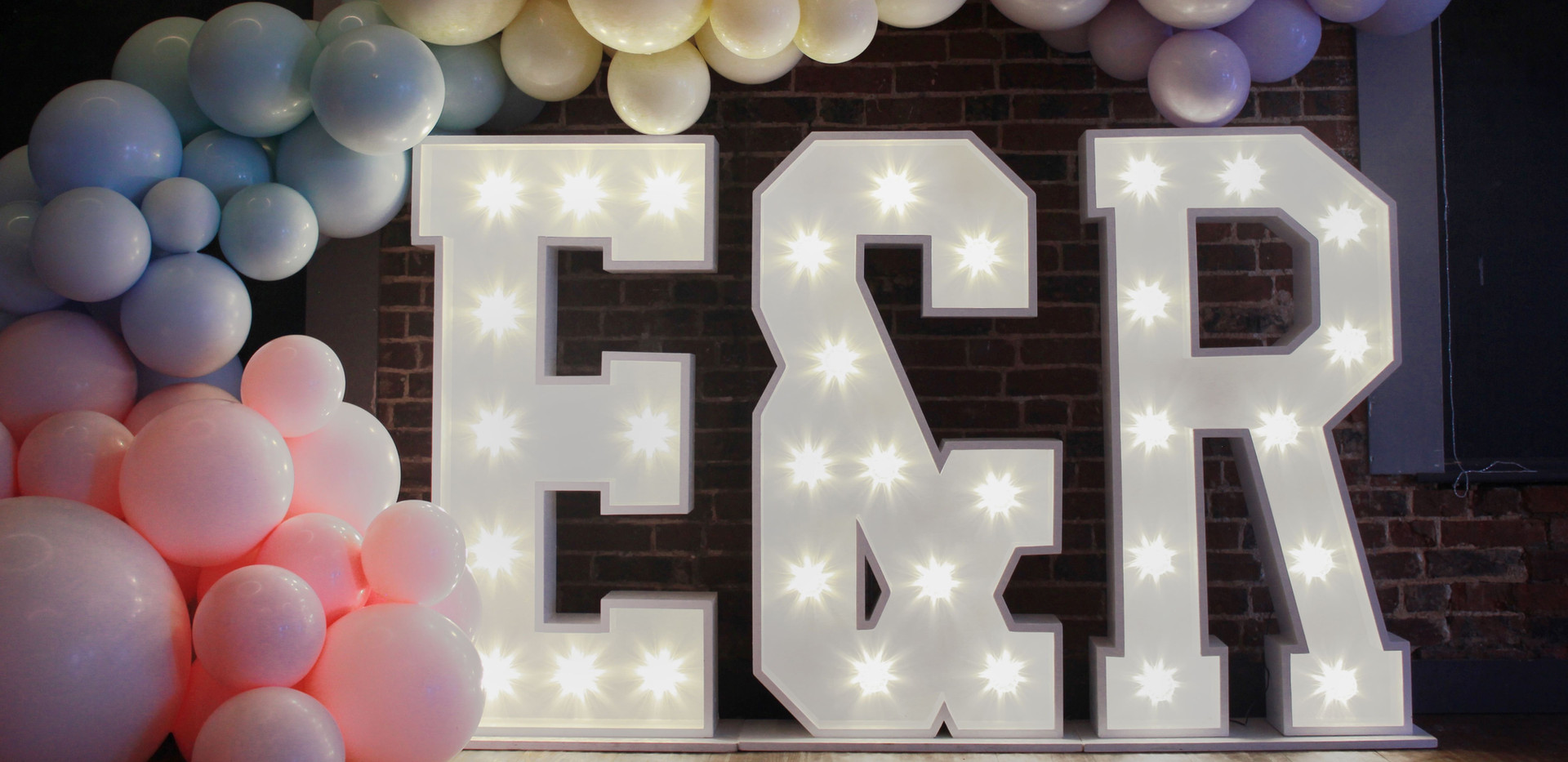 LED light up letters