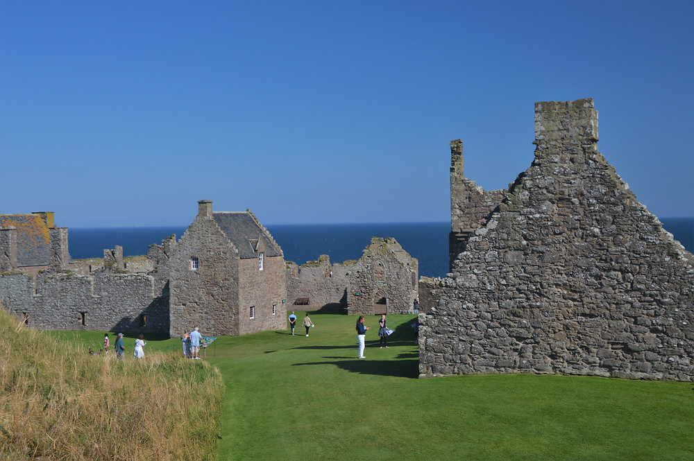The Dunnottar Castle Palace complex was built in 1500s to provide comfortable accommodations for guests
