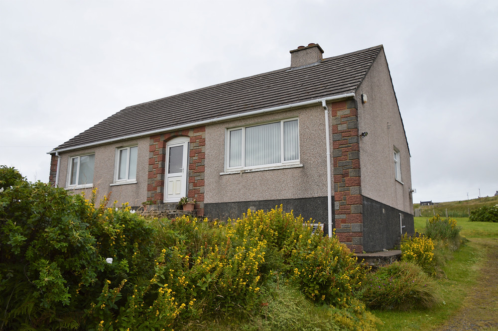 Airbnb Na H-E'Leanan An Lar a nice house in a small neighborhood in Carloway on on Lewis and Harris in