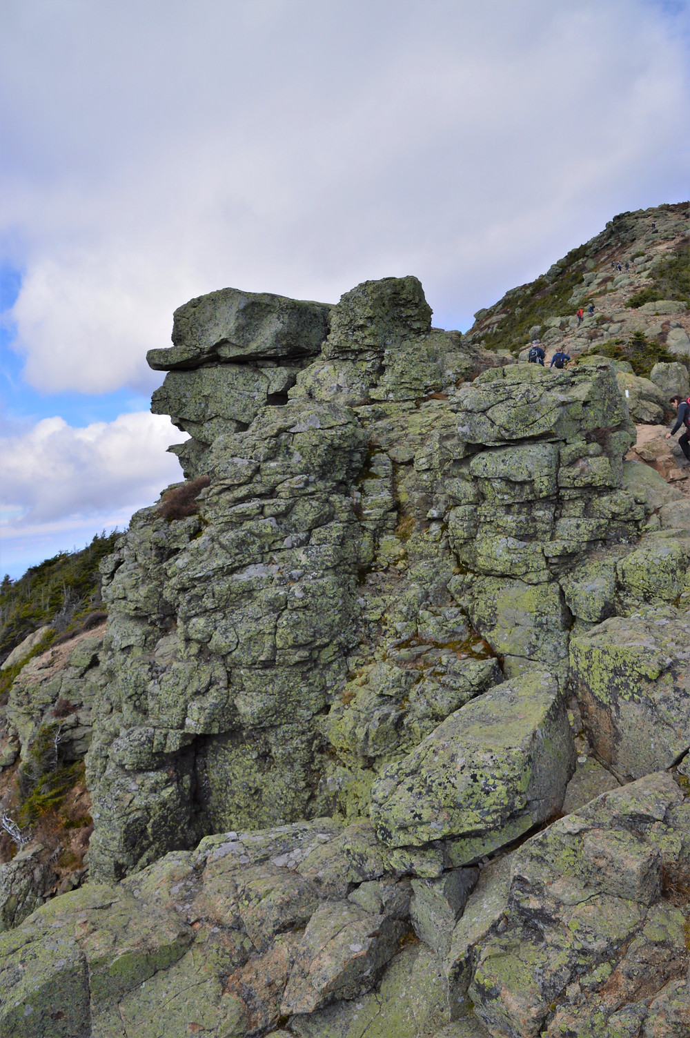 Rock outcropping along Franconia Ridge Loop Trail to Little Mount Haystack