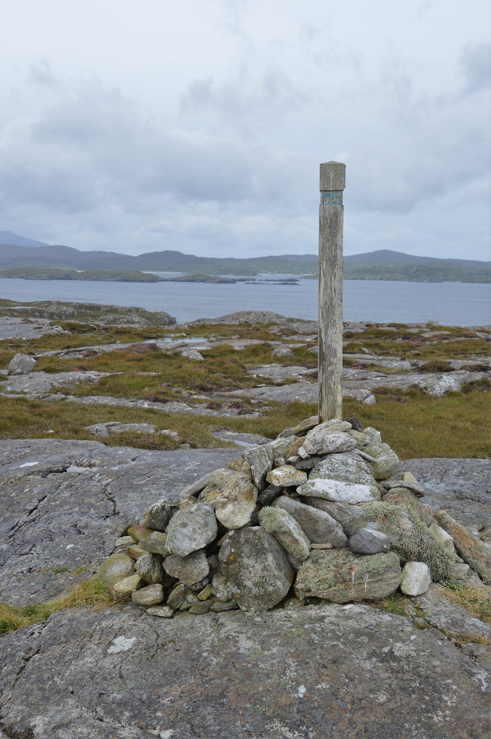 At the top of Beinn an Toib a nice view of Loch Roag and the islands sprinkled throughout the bay on