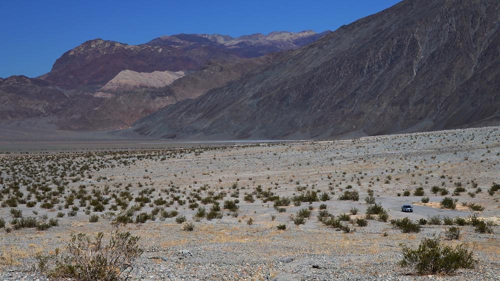 Sidewinder Slot Canyon wash, death valley national park