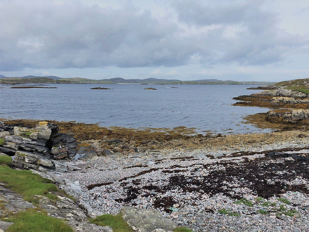 Followed the coastline of Loch Roag on Great Bernera Loop hike on the NW coast of Isle of Lewis, Outer Hebrides