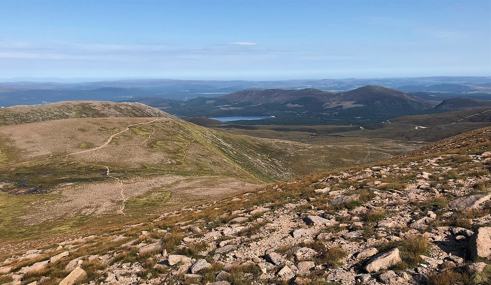 Hiking the tree less trail to the plateau and Cairn Lochan on the Cairn Gorm hike via the Northern Corries