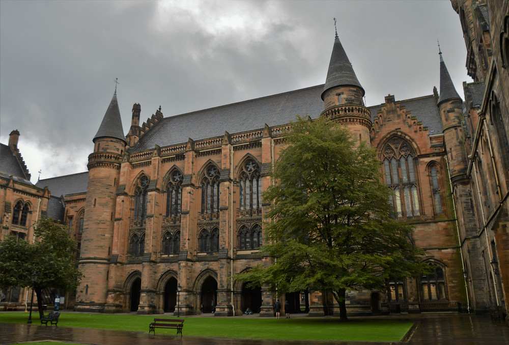 Inner courtyard or quad of University of Glasgow founded in 1451