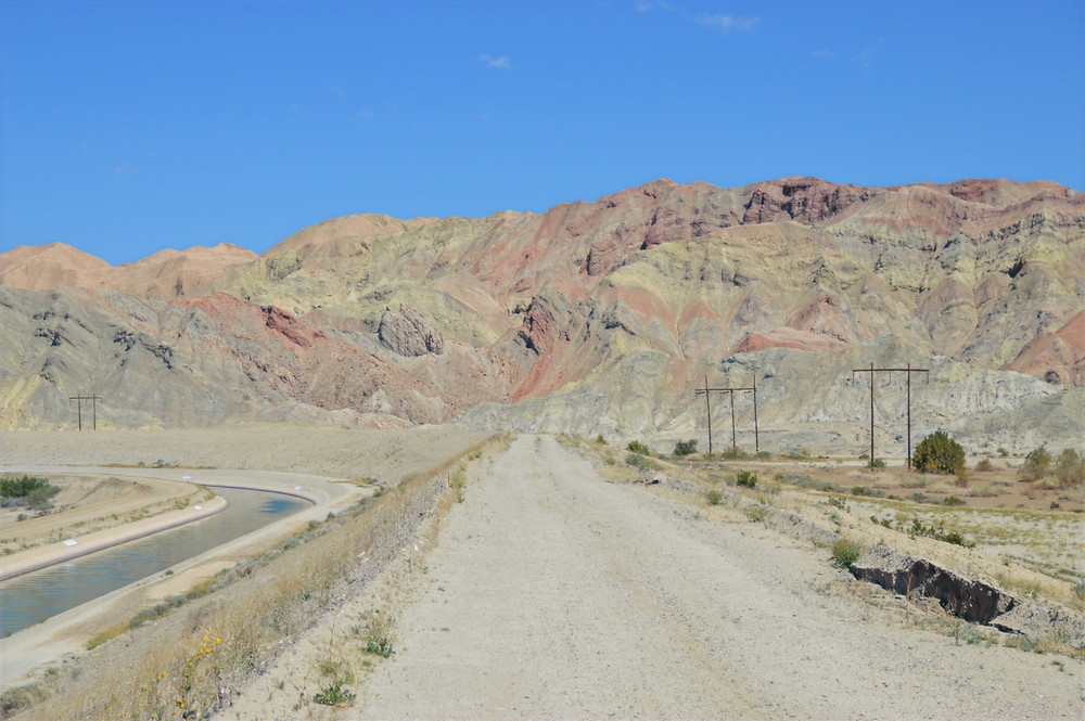 Multicolor Mecca Hills on trail leading to Coffee Bean Canyon, Red Canyon