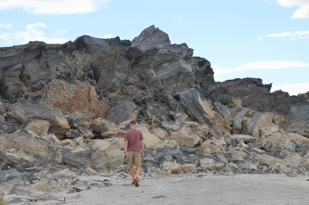 Obsidian flow runs all the way to the Salton Sea shoreline