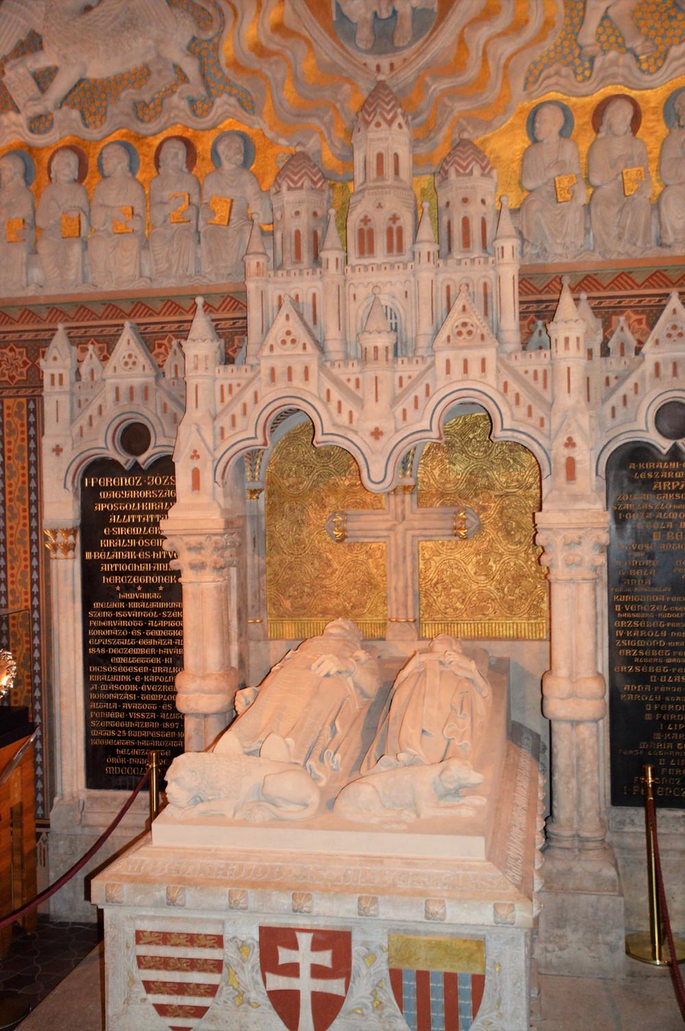 Inside Mattias Church is the sarcophagus of the 12th century King Béla III and his wife Anne de Châtillon.