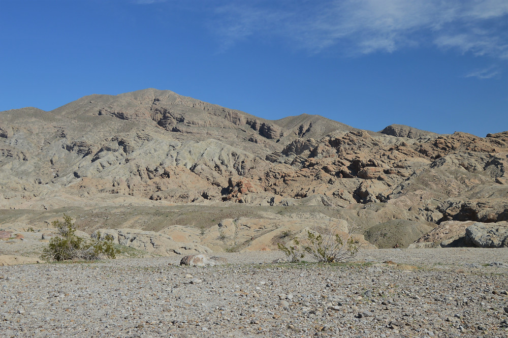 Hiking Calcite Mine Palm Wash Loop at Anza-Borrego State Park