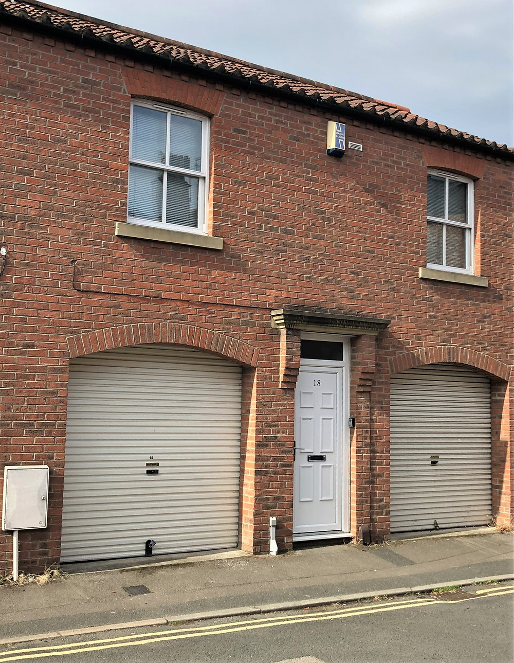 Tiny garage in York, England Airbnb too small for an SUV