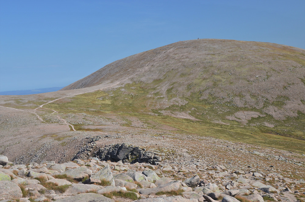 At the summit of Stob Coire an t-Sneachda (3,858 ft) with about 1 mile remaining to reach the Cairn Gorm summit