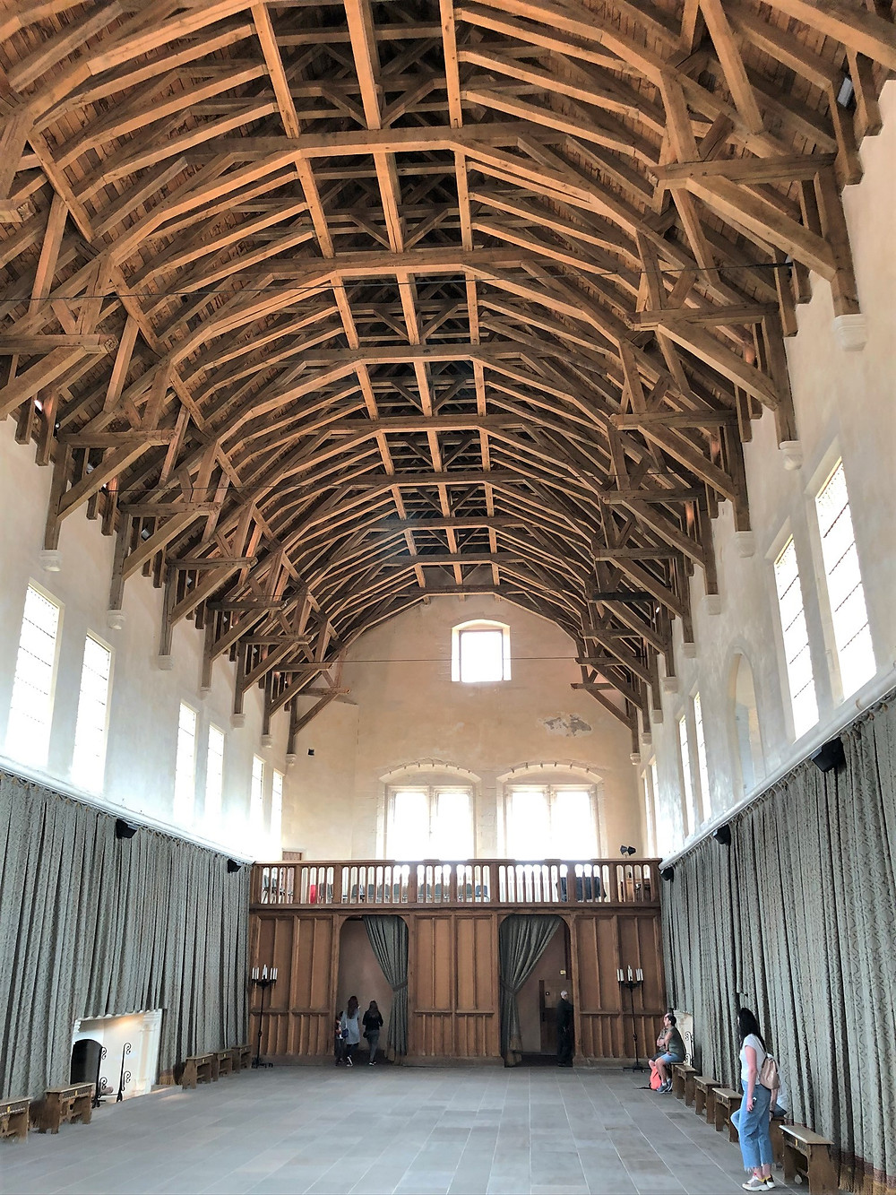 The  hammerbeam roof contains over 1300 beams of the Great Hall in Stirling Castle made from 400 oak trees