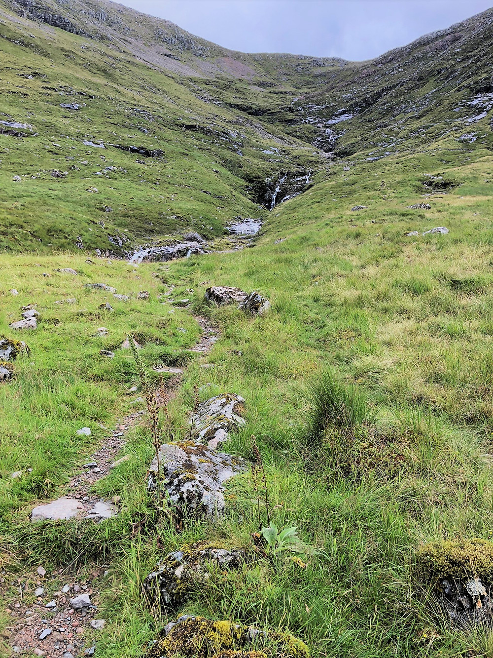 Following the path to the Larig Gartain along the banks of the Allt Coire Altruim