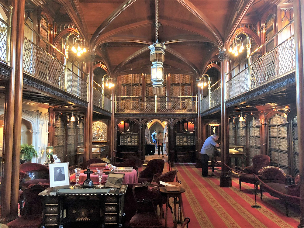 The magnificent wood panel library in Arundel Castle