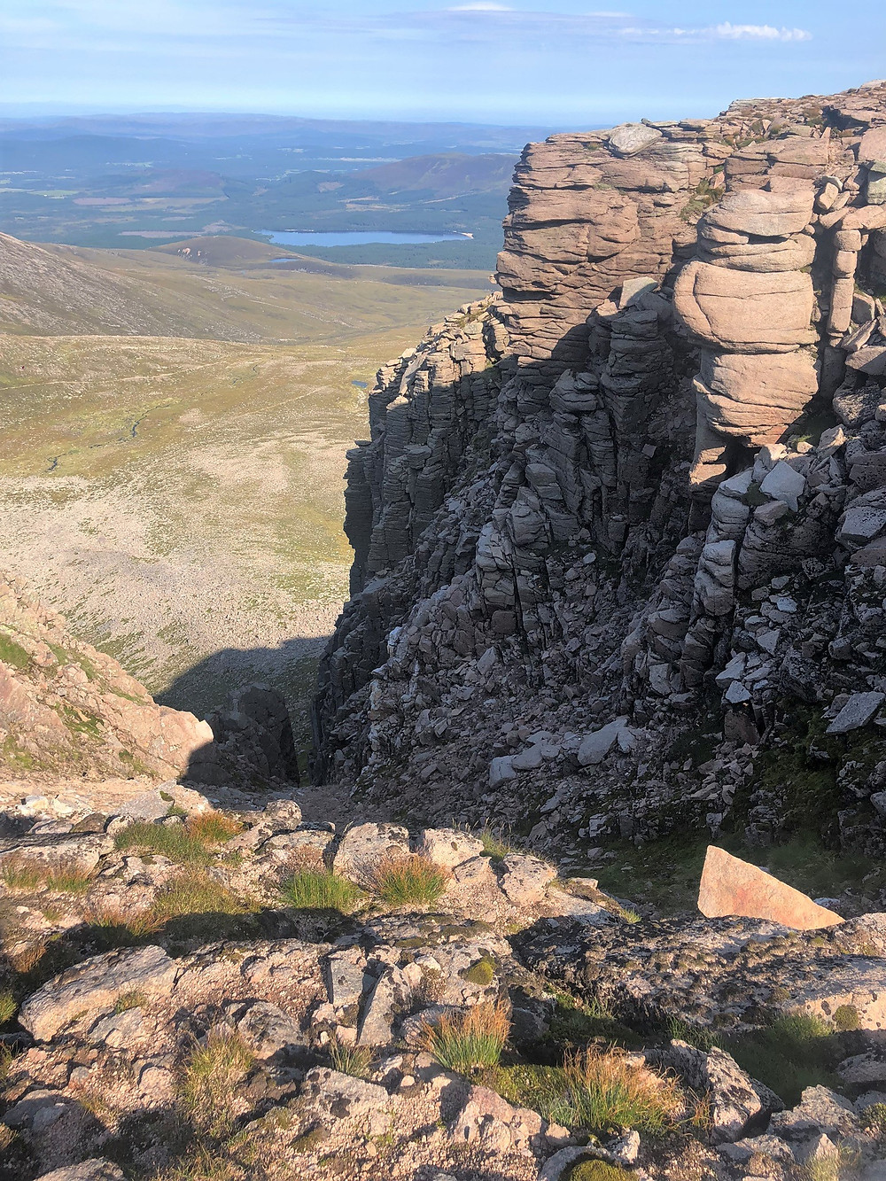 At the summit of Cairn Lochan cliffs. Cairn Gorm hike via the Northern Corries