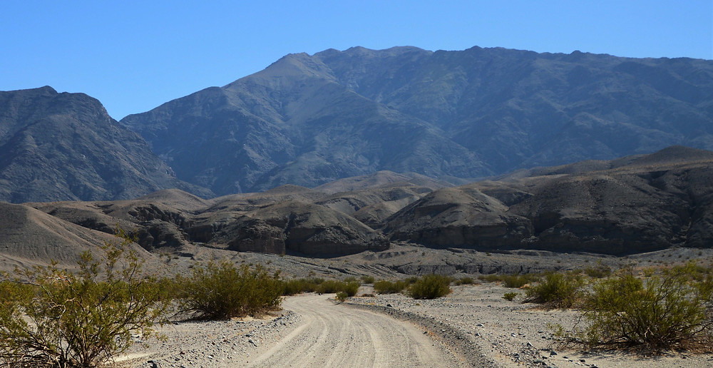dirt road leading to Sidewinder Slot Canyon, death valley national park
