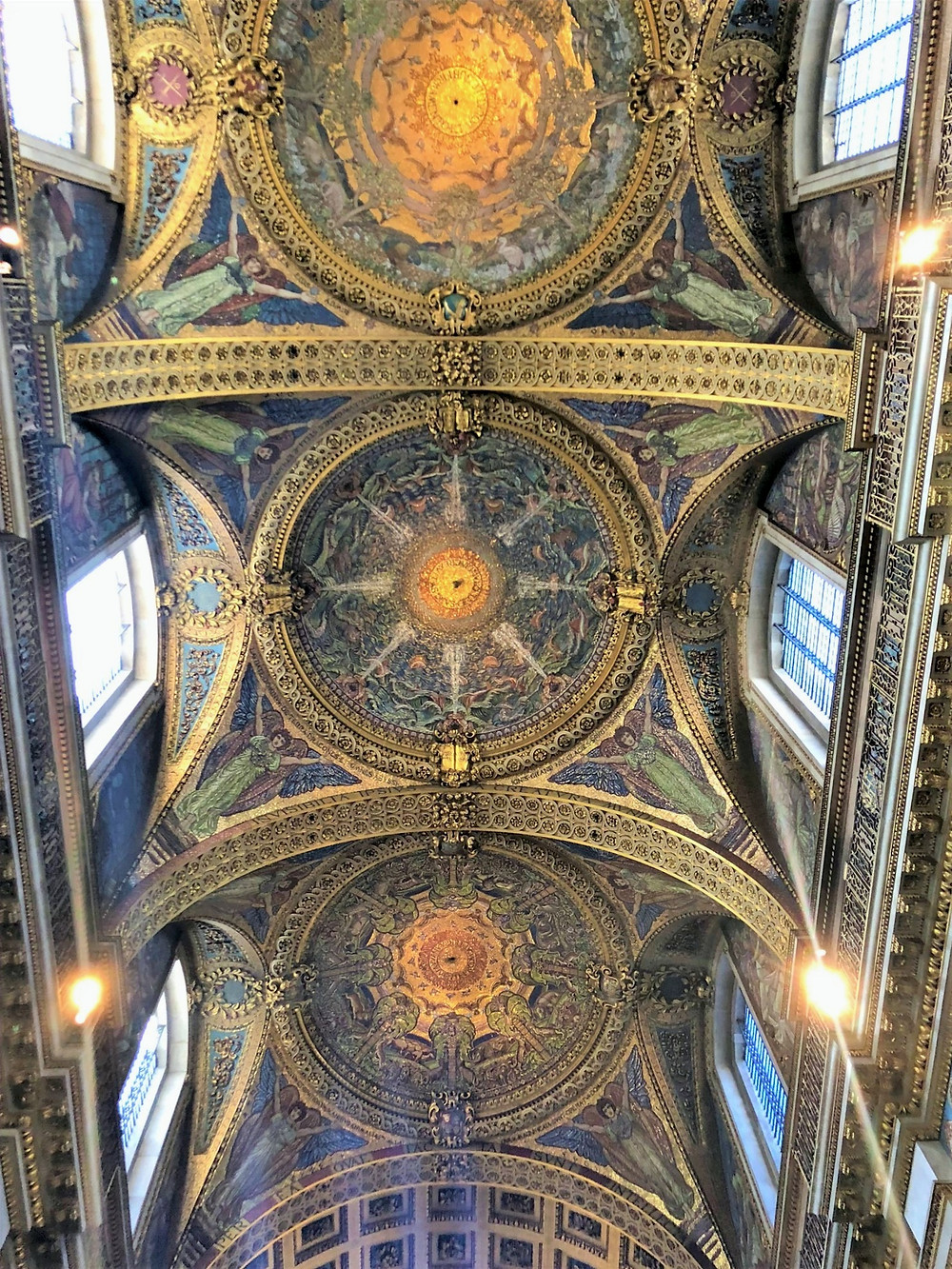The vault of the quire in St Paul's Cathedral is decorated with mosaics created by William Blake Richmond