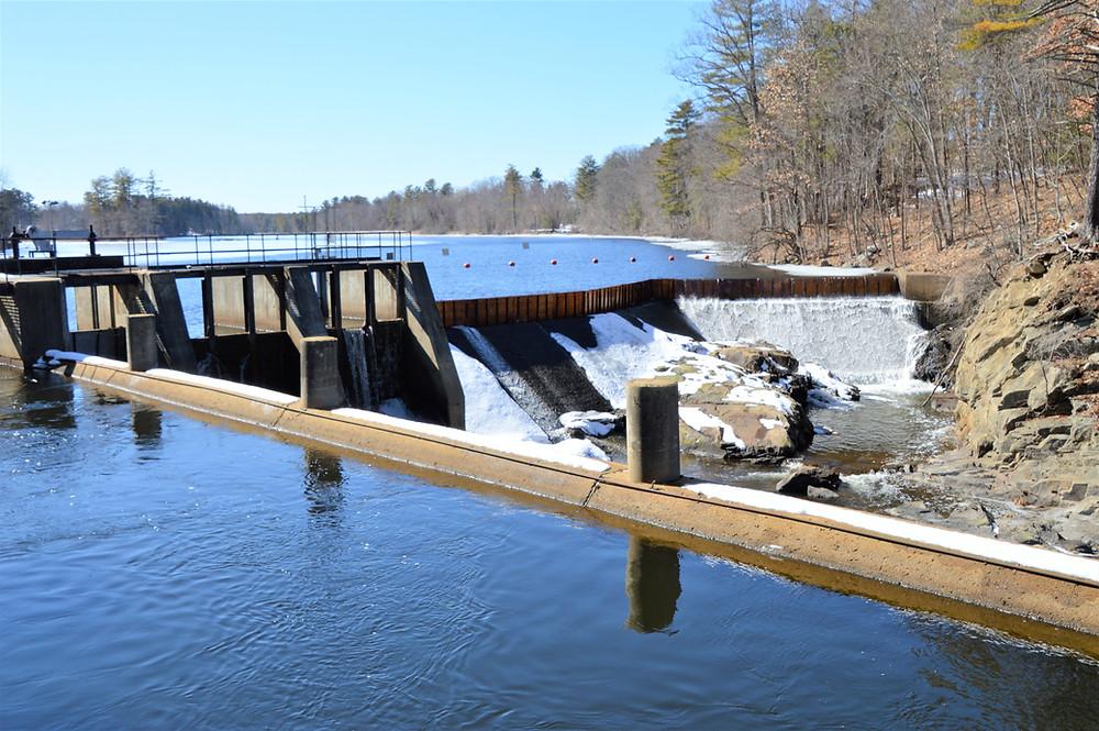 Nashua River falls at the Mine Fall dam in Nashua NH