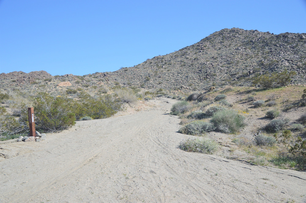Dunn Road trail junction on Cathedral Canyon Loop trail