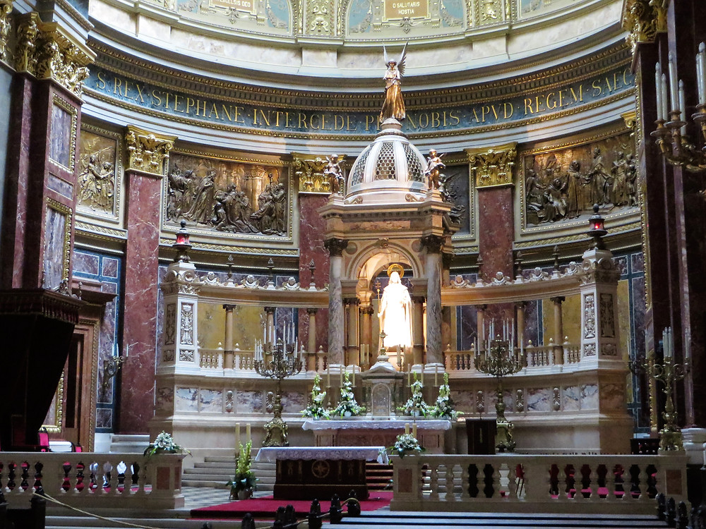 The main altar of St Stephen's Basilica with the statue of King Stephen, who was the first Christian king of Hungary.