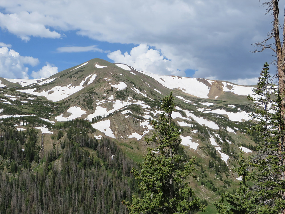 Mountain view along the Old Fall River Road and Trail Ridge Road drive in Rocky Mountain National Park