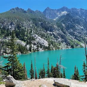 Hike Cholchuck Lake